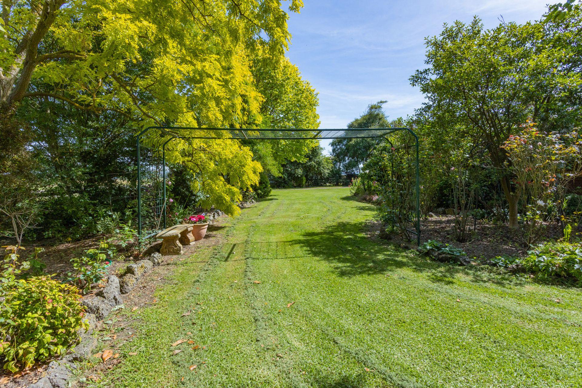 80 McNabbs Road, Irrewillipe East, VIC  3249
