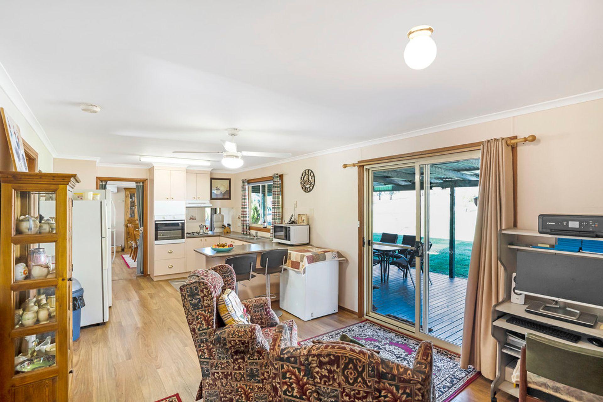 35 Glen Avon Road (Darbys Falls) Cowra - NSW