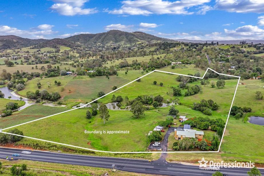 760 Bruce Highway (North), Chatsworth QLD