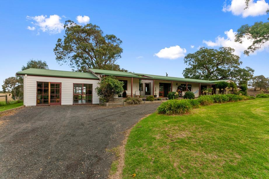 107 Commercial Road, Heyfield, VIC 3858