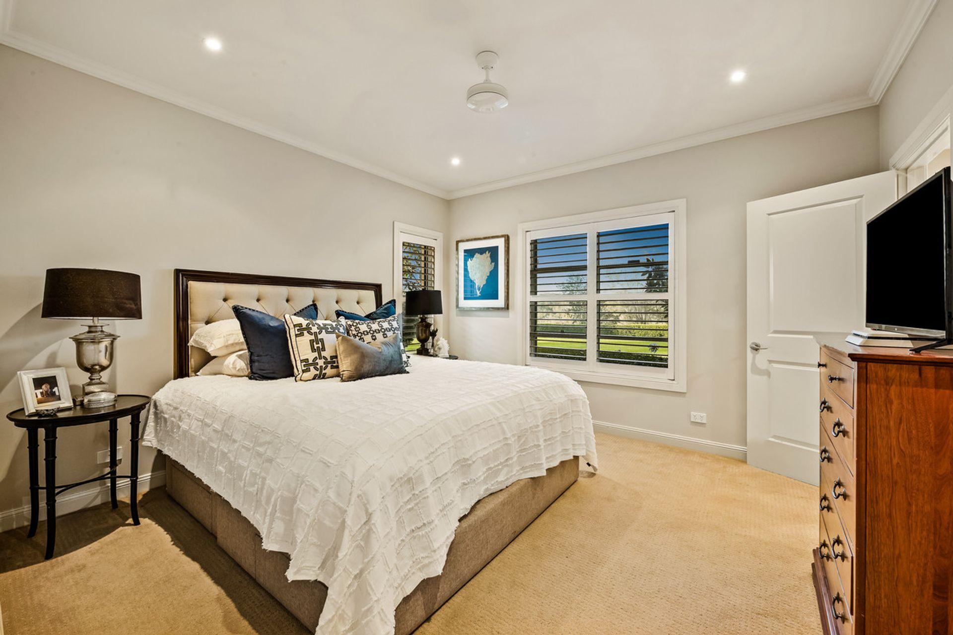 11 Oakhill Place Preston - QLD