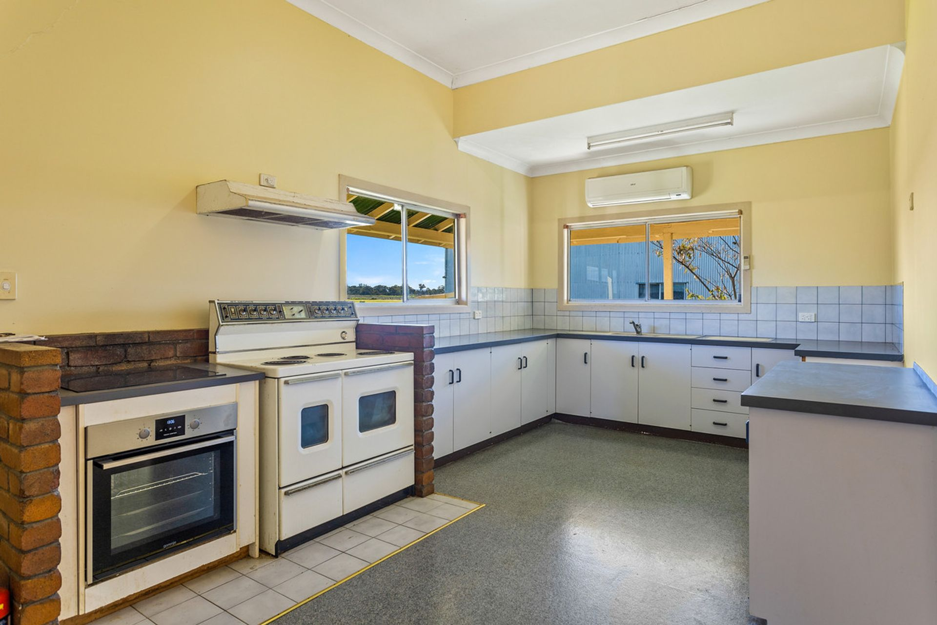 26 Gray Lane, Rosehill, QLD  4370