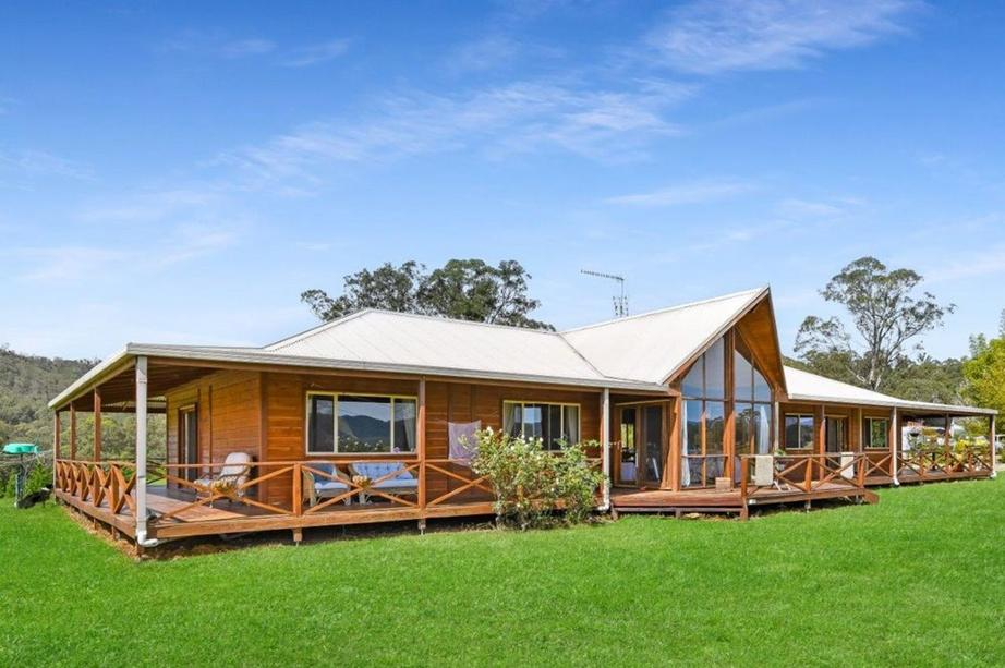 5816 Oxley Highway, Ellenborough NSW