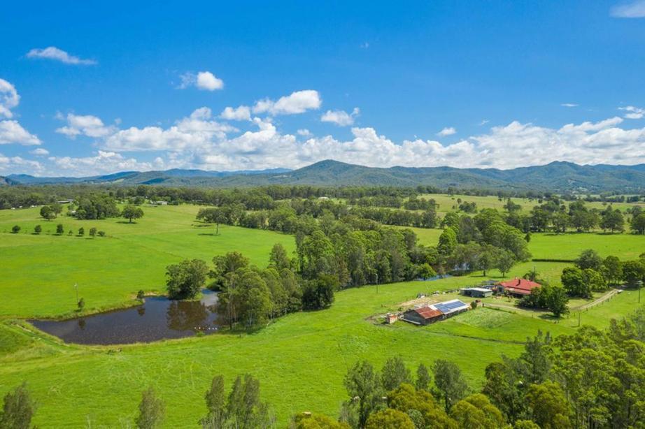 182 Nagles Falls, Boambee, NSW 2450